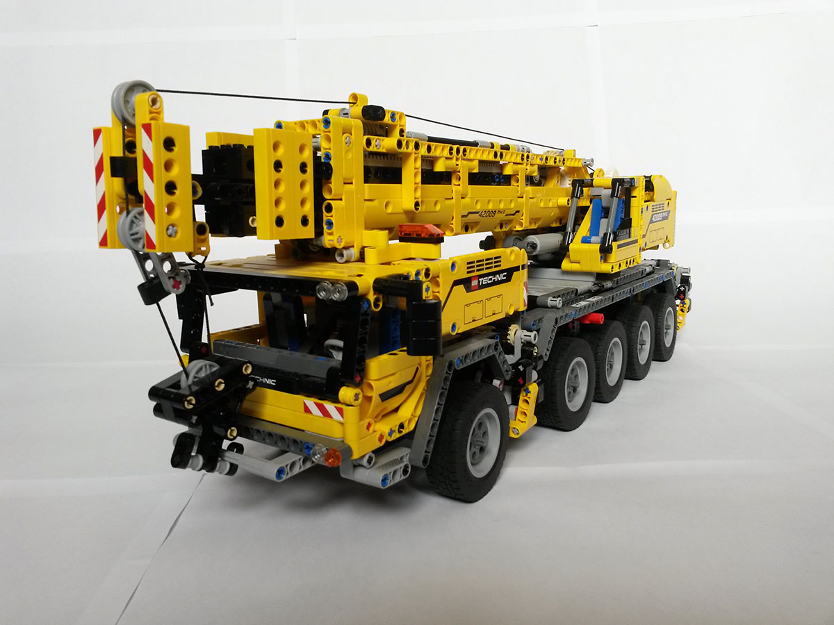 LEGO Technic: Rise of the Machines