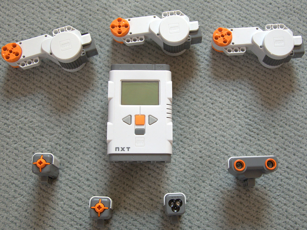 Lego Mindstorms NXT 2
