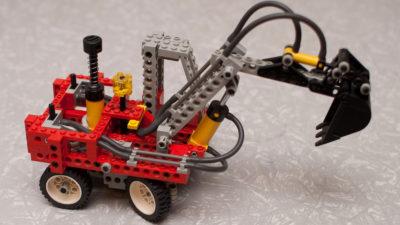 Lego Technic Pneumatic Excavator