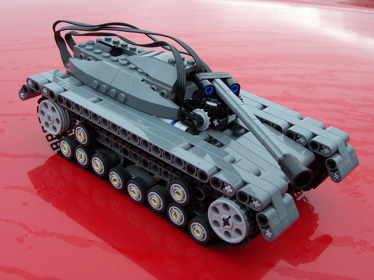 Lego Technic Tank
